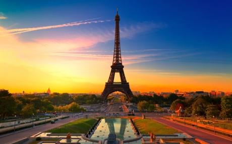 Paris Linda 1