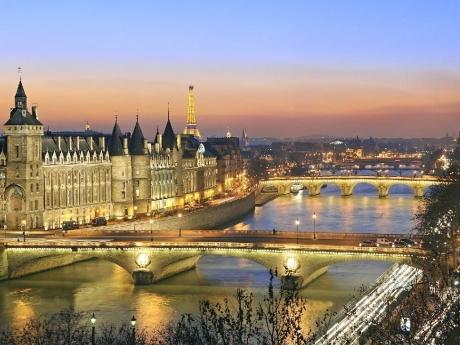 Paris Linda 5