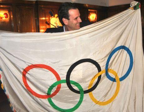 Bandeira Olímpica será exposta no Cristo