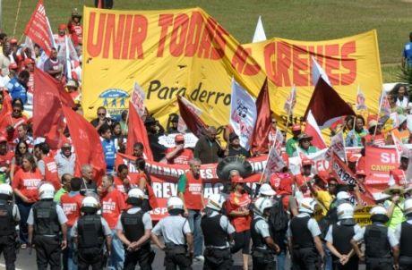 Governo vai restringir criação de sindicatos