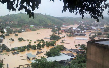 Governo segura verba contra enchentes