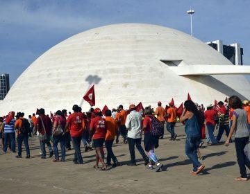Ala do PT quer resistência contra prisão de Lula