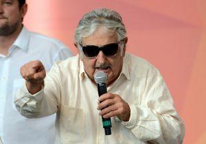 Ex-presidente uruguaio deve se encontrar com Lula