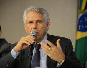 Comissão pede dados de viagens ao presidente da Infraero