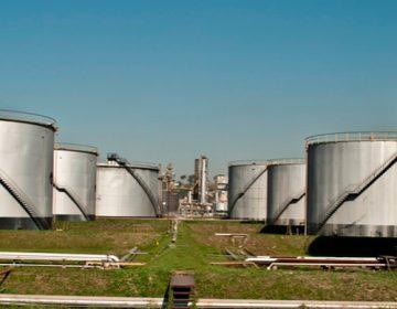 Governo de São Paulo força manobra jurídica para cassar registro de refinaria