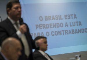 Brasileiros culpam Governo por contrabando e cobram ações, mostra pesquisa