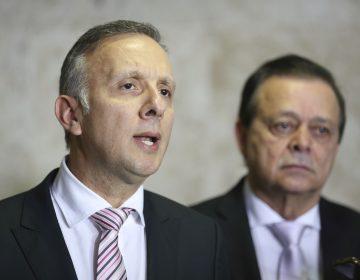 Líderes do Governo querem engrossar base com janela partidária