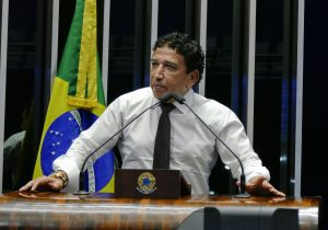 Magno Malta frustra ao afirmar que não será vice de Bolsonaro