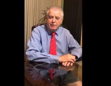 Mico: deputado grava vídeo de gravata e cueca, mas alega que sabia