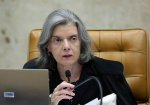 Cármen Lúcia evita BH e não vai à posse do presidente do TJ