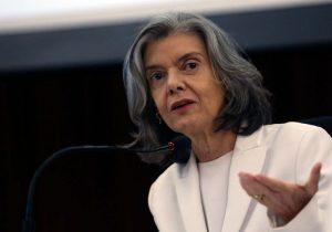Cármen Lúcia deixa o STF sem rever 'extravagâncias' da magistratura