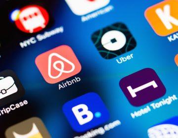 Reviravolta: Uber e Airbnb agora miram o mercado tradicional de táxis e hotéis