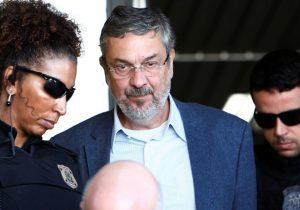 PT acusa procuradores do MP de vazarem depoimento de Palocci