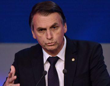 Bolsonaro assina carta de compromisso com cristãos