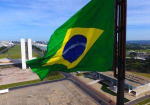 Bolsonaro e Haddad recuam da ideia de nova Constituinte