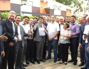 Bolsonaro dá sinal verde para ruralistas emplacarem ministro, caso eleito