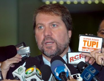 Em baixa popularidade, Renildo Calheiros é salvo pelo sistema proporcional e se elege deputado
