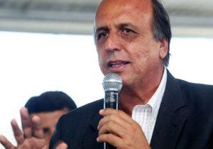 Pezão prorroga sistema de cotas para universidades estaduais