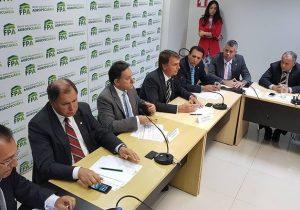 Ruralistas pressionam por ministro da Agricultura em eventual governo de Bolsonaro