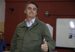 Bolsonaro vai anunciar fim das saidinhas para condenados por estupro e homicídio