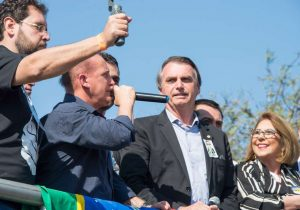PT irá pulverizar ataques a Bolsonaro