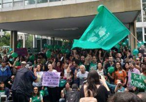 """Entidades de proteção do meio ambiente anunciam """"vigilância premente"""" contra unificação de ministérios"""