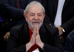 PT faz campanha por cartões de Natal para Lula