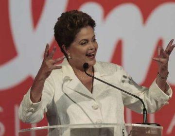 Preço irrisório não salva de encalhe os livros de Dilma e Aécio