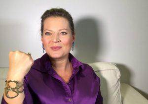 Escolha de Joice para líder põe Governo sob risco no Congresso