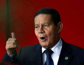 Mourão defende desburocratização e privatizações