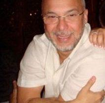 """""""Rei Arthur"""" circula por Miami mesmo foragido da Justiça brasileira"""