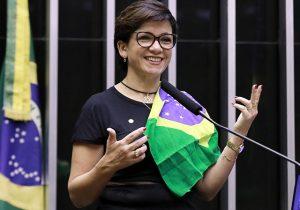 Crise aumenta entre ministro e deputados do PSL