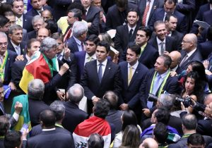 Por apoio à reforma, Bolsonaro prepara pacote a ruralistas