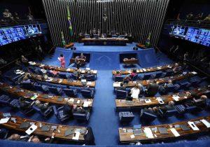 Acordo no Senado com aeronautas evita apagão aéreo