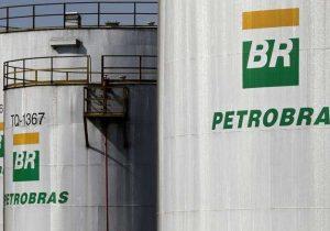 Gafe: Executivo da Petrobras recusa dividir mesa de restaurante com fornecedor