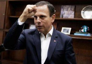 Doria vira alvo de Bolsonaro por usar BNDES para comprar jatinho