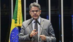 Senador faz nova tentativa para CPI da Lava Toga