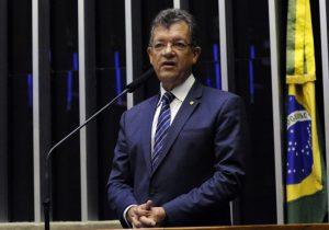 Tributária: Deputados focam desoneração da folha