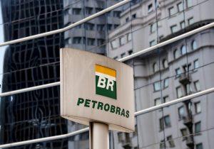 Petrobras: diretores driblam relações com empresas enroladas na Lava Jato