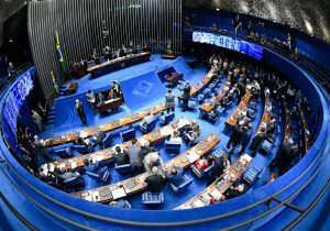 Procuradores pressionam Senado para desengavetar PEC da lista tríplice