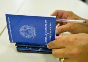 Governo analisa derrubar taxação do Seguro-desemprego