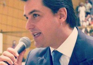 Deputado convida eleitores para homenagem a Pinochet