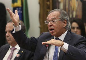 Dados do IBGE confrontam frase infeliz de Paulo Guedes