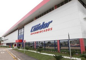 Rede de supermercados corta anúncios em noticiários da Globo
