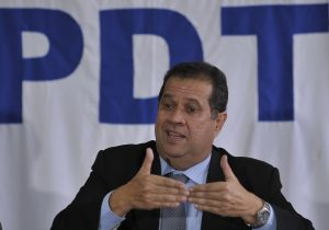 PDT e PT se distanciam na disputa por prefeituras
