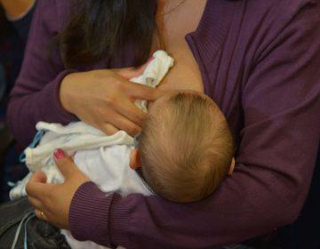 Caos no INSS: mais de 100 mil mulheres esperam resposta do salário-maternidade