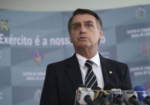 Bolsonaro corta programas de apoio a assentamentos e sem-terras