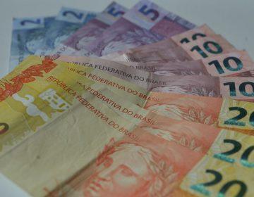 Governo ignora fundo de R$ 75 bi para meio salário a trabalhadores