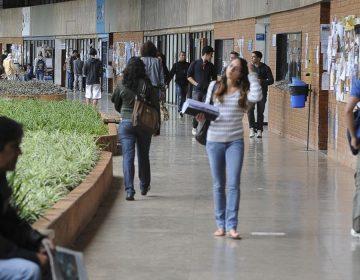 Quarentena deixa 8,4 milhões de universitários sem aula