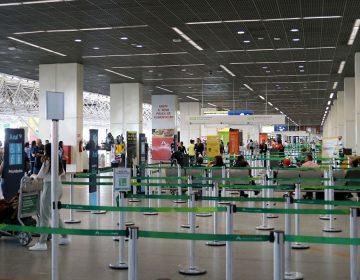 Aeroportos fechados em Foz, Porto e Noronha derrubam economias locais